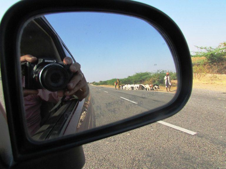 Avtomobilsko ogledalo